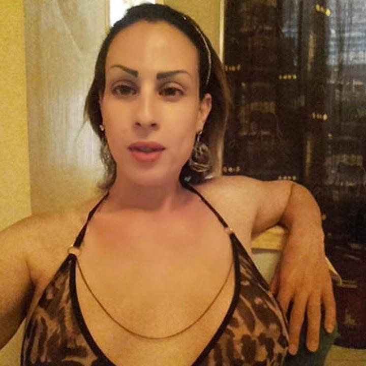 Liyla - Transsexuelle Paris 17eme - 0783864856