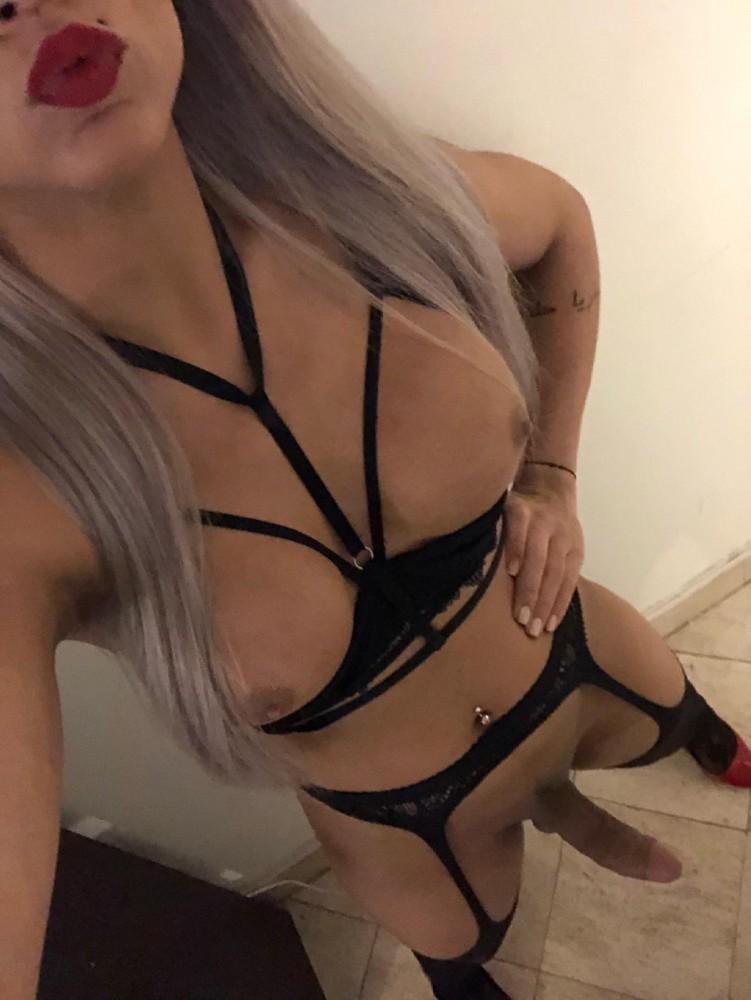 flavia - Transsexuelle Paris 6eme - 0751959412