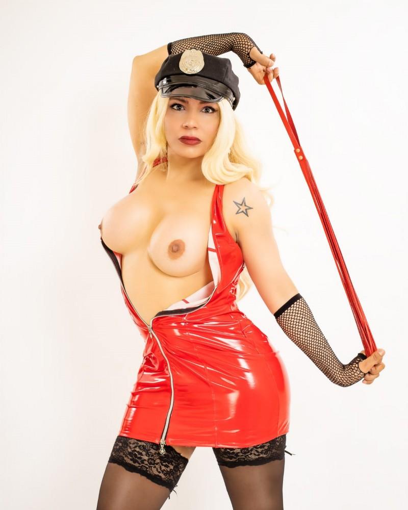 GABRIELLE BOMBA sexy  - Transsexuelle Paris 2eme - 0788109744