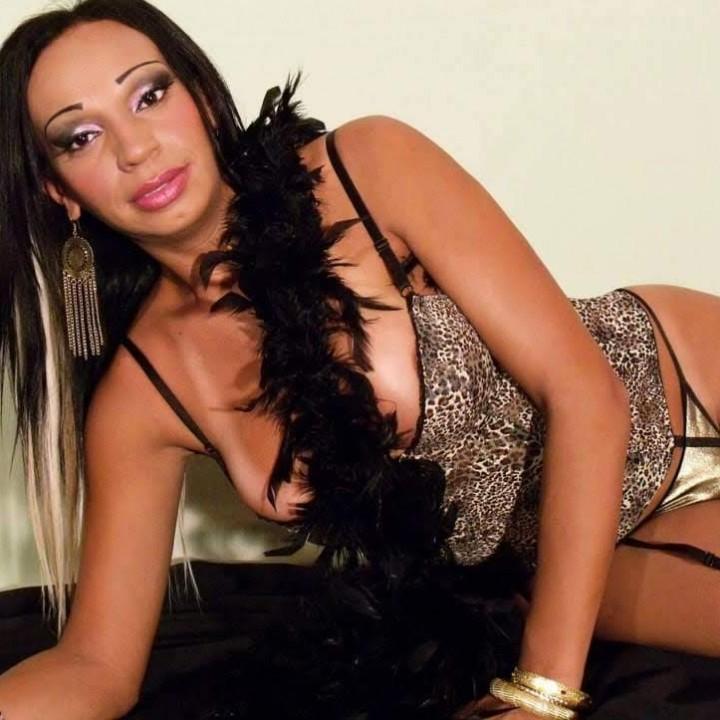 AMANDA CAREY TRANS 22X4 D'PASSAGE A PARIS 15 POR 2 SEMANES  - Transsexuelle Paris 15eme - 0685958988